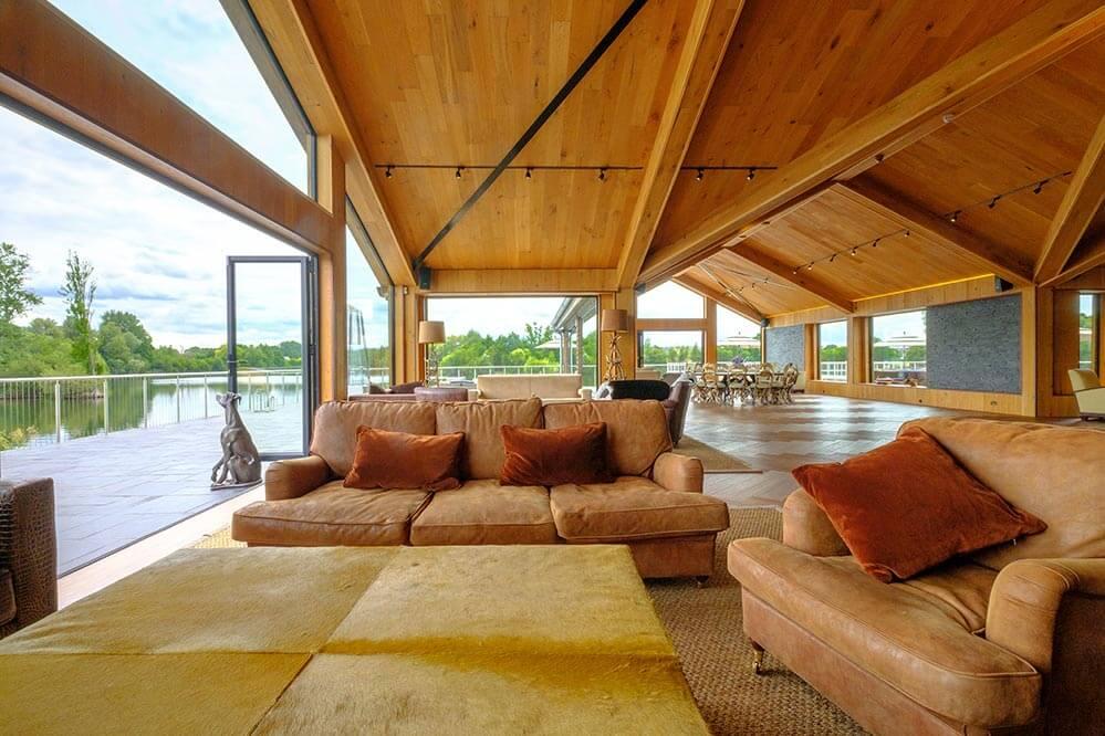 amber lakes venue open plan view